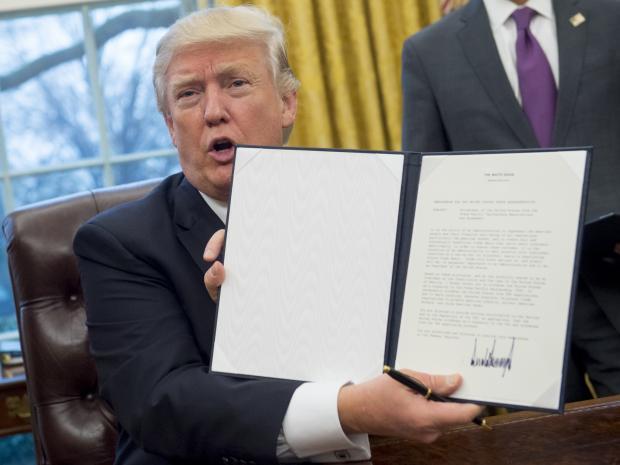 tpp-trump-sign